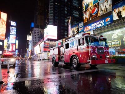 camion de pompiers à Time Square